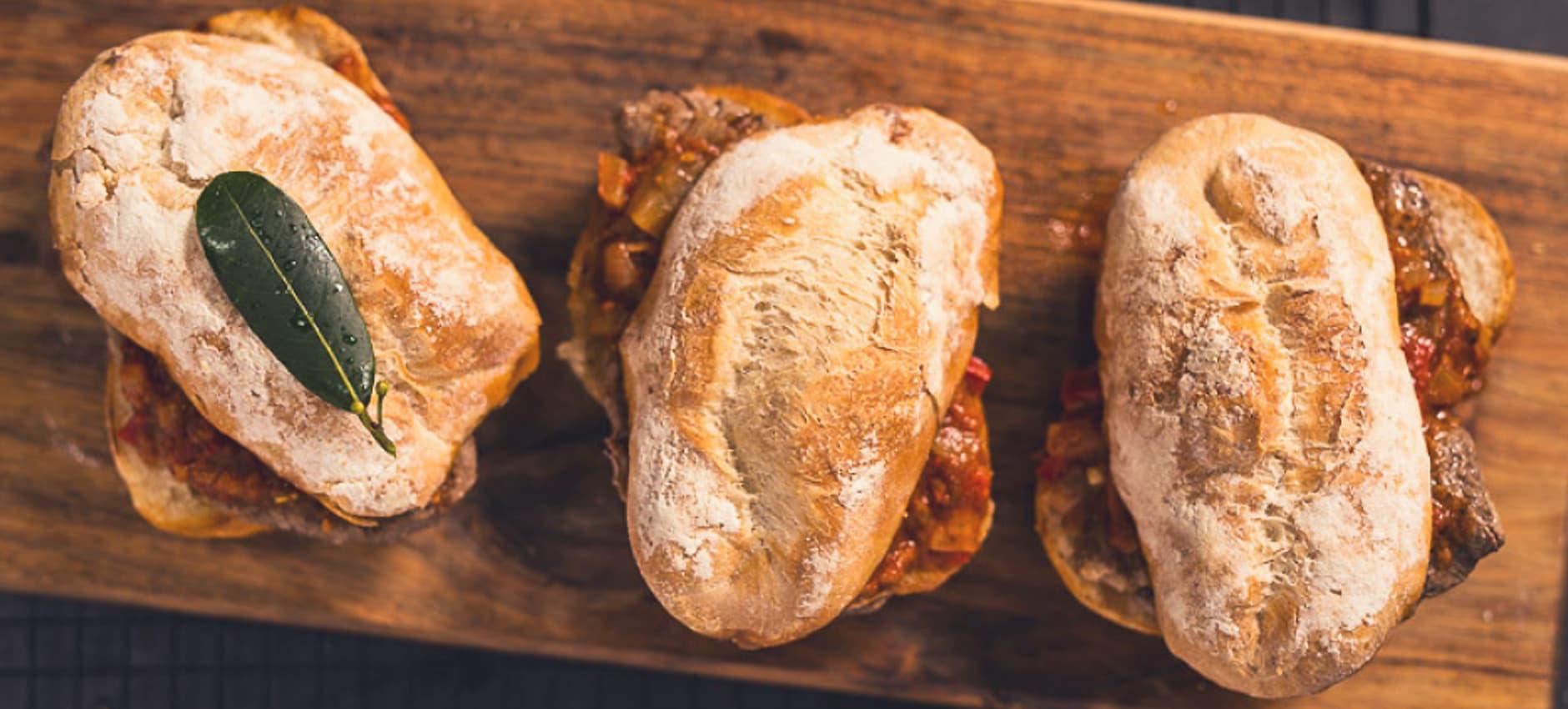 Oyster Steak Prego Rolls